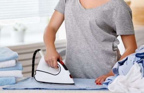 how to choose best clothes iron